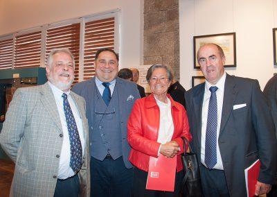 Pedro Blanco, Ramón Tudela y Jacinto Huete con la viúda del Almirante Fernández Margarita Orduna