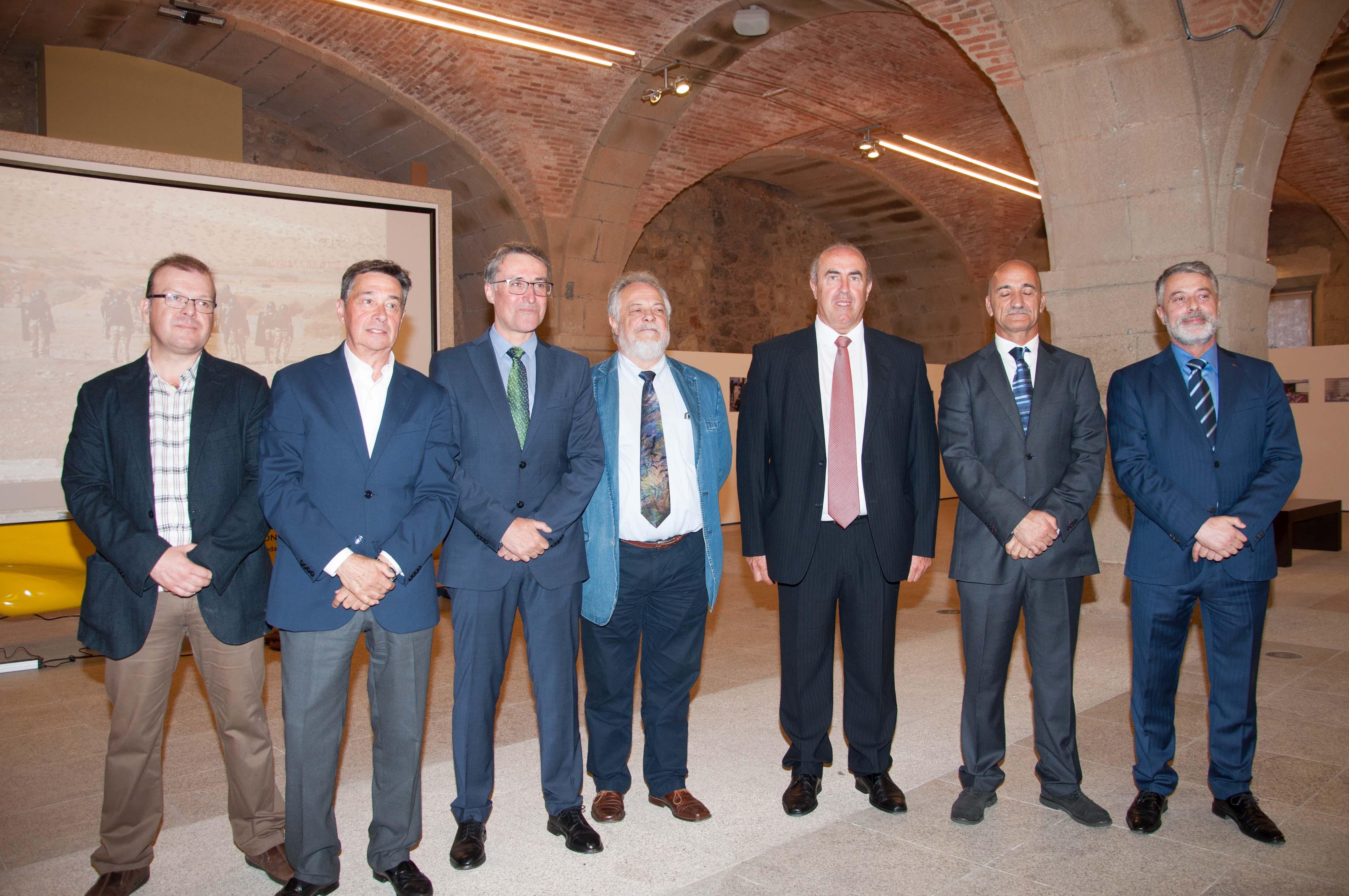 Os organizadores co vicepreisdente e secretario da Fundación Santo André de Teixido