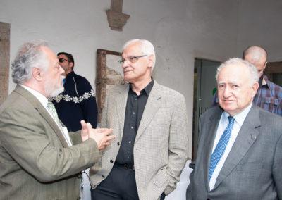 Pedro X. Blanco, vicepresidente da Fundación Santo André de Teixido xunto a D. Víctor F. Freixanes; presidente da Real Academia Galega e D. Xesús Alonso Montero, expresidente da Real Academia Galega (2013–2017).