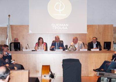 """D. Víctor F. Freixanes, presidente da Real Academia Galega; Andrea Pousa; Valentín García Gómez; Enrique Domínguez """"Bruxo Queiman"""" e Ramón Tudela Guerrero, presidente da Fundación Santo André de Teixido."""