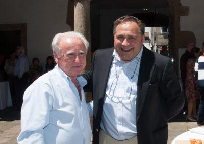 José Manuel Castelao Bragaña, Exdeputado e membro do Consello Estatal de Emigración; e Ramón Tudela, presidente da Fundación Santo André de Teixido.