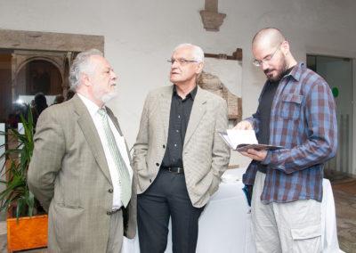 Pedro X. Blanco, vicepresidente da Fundación Santo André de Teixido xunto a Víctor Fernández Freixanes, presidente da Real Academia Galega e o seu fillo