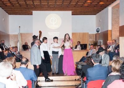 Presentación do Himno Galego interpretado por Andrea Pousa